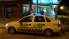 Fuerte custodia antisaqueos en barrios de Corrientes