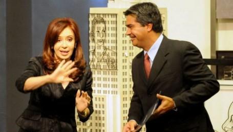 Después de los saqueos, la imagen de CFK se desploma