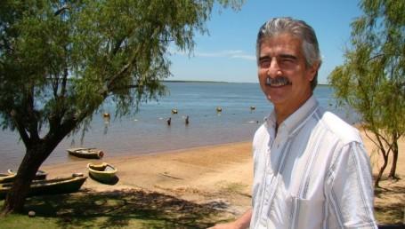 Docentes de AMET con acceso gratuito a las playas de El Yacaré