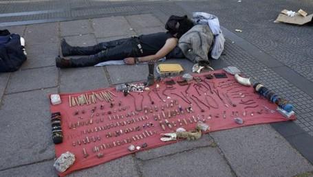 Asesinaron a un artesano callejero en el Cambá Cuá