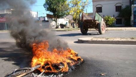Piquete en Armenia y Los Tilos: reclaman subsidios