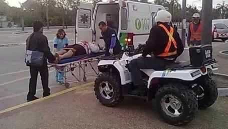 Dejaron inconsciente a un agente de la Guardia Urbana