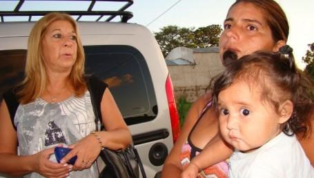 Acción Solidaria de Proyecto Corrientes: Any Bestard asistió a familia inundada