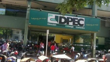 Colombi hizo una oferta y la DPEC reabrió sus puertas