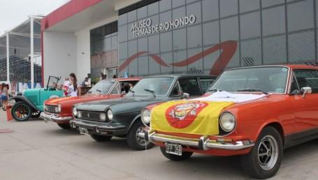 Exitosa travesía de autos antiguos de Corrientes a Termas de Río Hondo