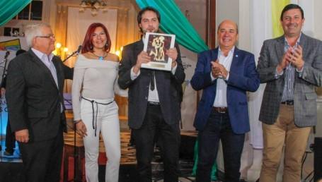 Noches Culturales: Diego Gutiérrez emocionó con el chamamé en su bandoneón