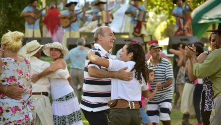 """Canteros: """"El chamamé se impone como una vía privilegiada de integración del Mercosur"""""""