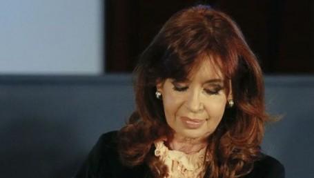 La UIF pidió la indagatoria de CFK por asociación ilícita