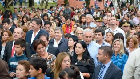 Ríos y Pereyra acompañaron la conmemoración de la Cruz de los Milagros