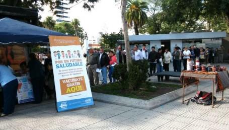 La Comuna inicia campaña de vacunación en las plazas