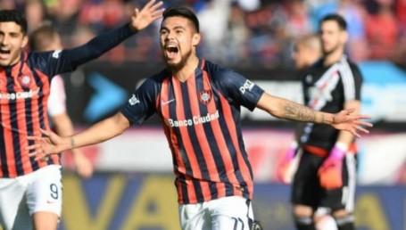 San Lorenzo venció a River y le dio una mano a Boca