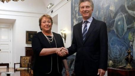 Macri viajó a Chile para la firma de acuerdos