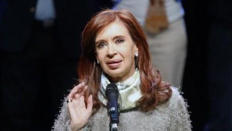 """CFK: """"Voten por ustedes mismos para defenderse"""""""