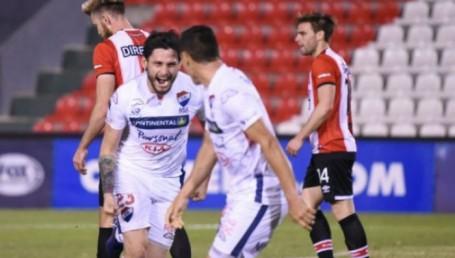 Nacional le ganó a Estudiantes en Paraguay