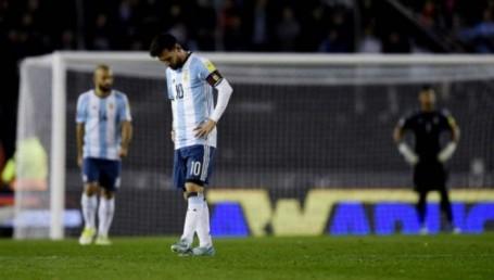 Argentina empató con Venezuela y se complicó