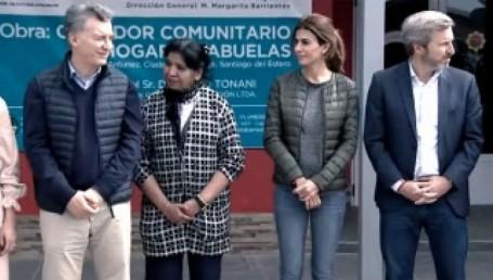 Macri inauguró un comedor con Margarita Barrientos