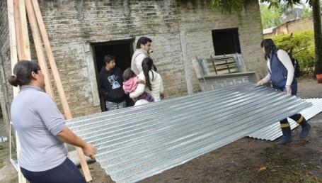 San Luis del Palmar: Asisten a familias afectadas por las inundaciones