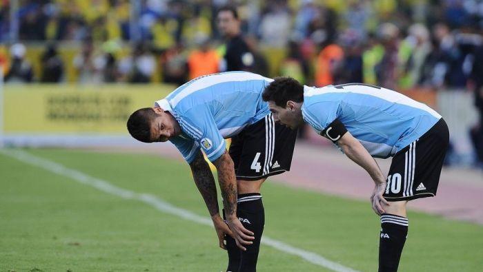 Argentina juega a todo o nada ante Ecuador