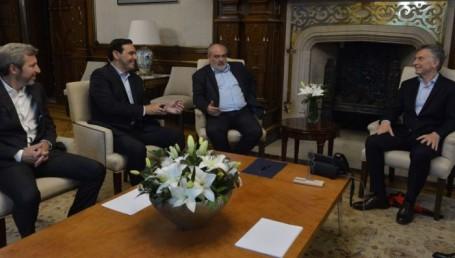 Macri recibió a Valdés y a Colombi en Casa Rosada