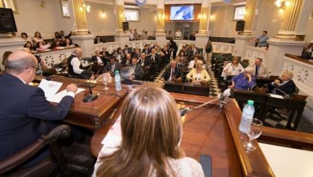 Canteros inauguró el periodo de Sesiones Extraordinarias