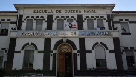La Iglesia puso a disposición de la Justicia el libro de bautismos de la ESMA durante la dictadura