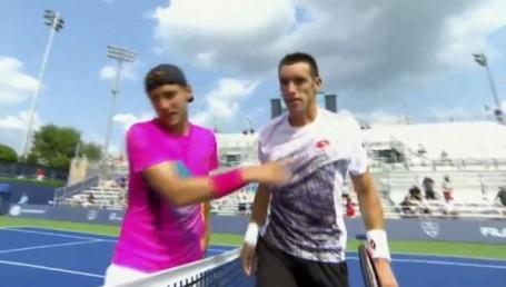 Mayer avanzó a la tercera ronda en Cincinnati