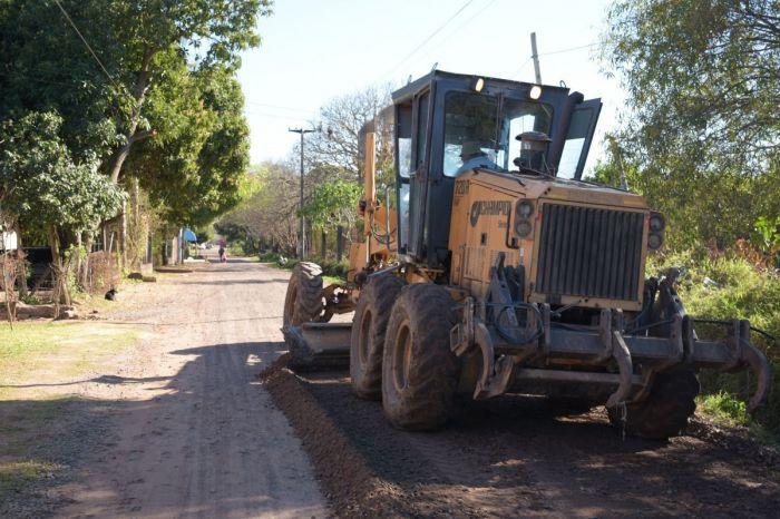 La Municipalidad avanza con el mantenimiento de calles de tierra