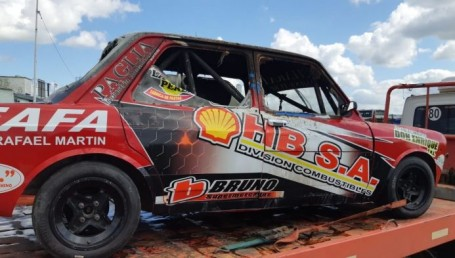 Terror en autódromo chaqueño: rescataron a piloto de las llamas