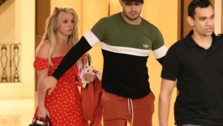 Britney Spears salió por un día del psiquiátrico