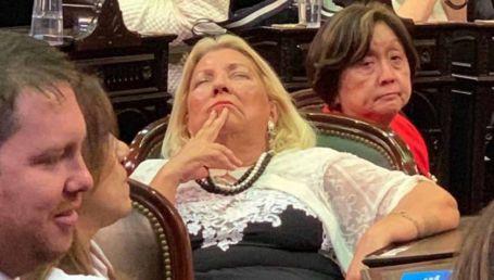 "Despiste de Carrió: ""Gracias a Dios murió de la Sota"""