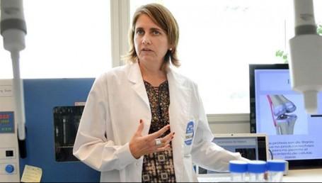 Tras la polémica, Macri prometió recursos a la científica Simian