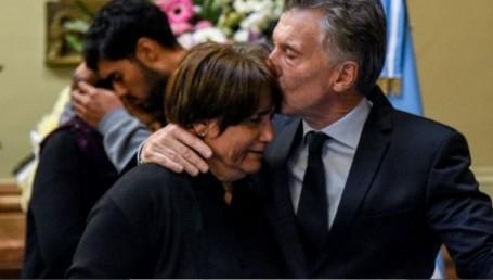 La viuda de Olivares reclamó justicia a Macri