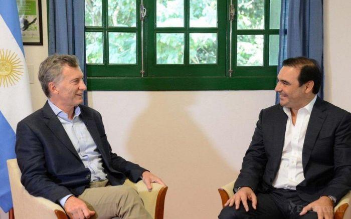 Macri vuelve a Corrientes a buscar una foto cicatrizante