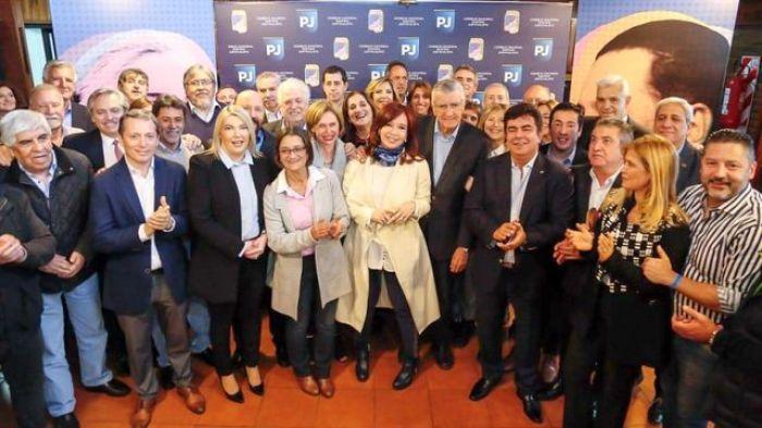 Cristina y los líderes del PJ orgánico, en una foto clave para el mapa político