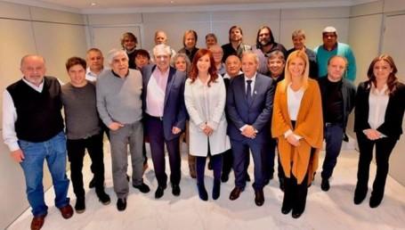 """CFK y Alberto F cerraron acuerdo con """"los gordos"""""""