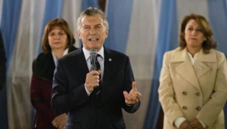 Rosario: Macri atacó a Moyano en el Día de la Bandera, frente niños de escuelas primarias