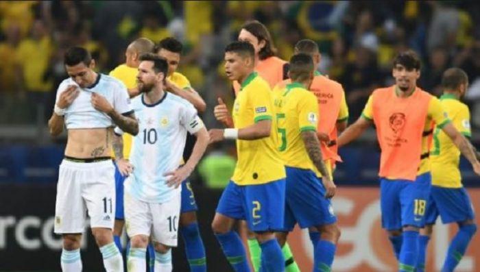 Argentina cayó con Brasil a pesar de su buen juego y desnudó la crisis del fútbol