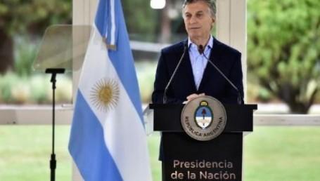 El presidente pidió perdón y anunció medidas para aplacar el impacto de la devaluación