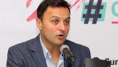 """Daniel Ivoskus ofrecerá una charla """"Hackeando la política: el impacto de las fake news"""""""