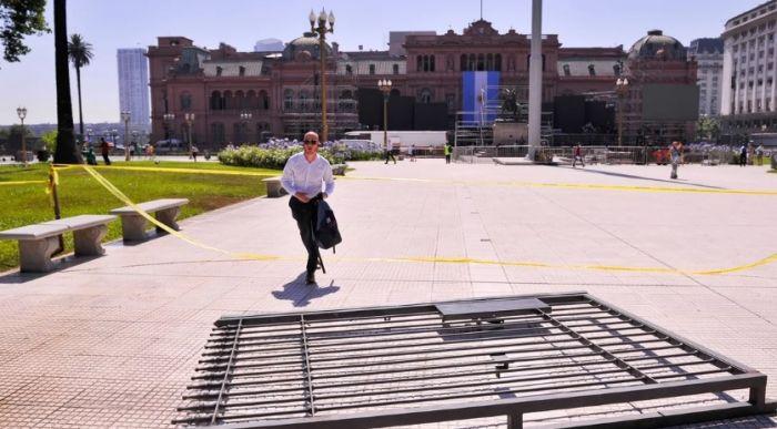 La Plaza de Mayo sin rejas, un compromiso cumplido del presidente Fernández