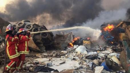 Beirut devastada: explotó un depósito y destruyó miles de casas