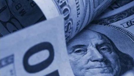 El dólar se mantiene en lo alto: a 137 pesos en el mercado ilegal