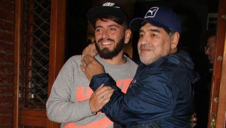 Maradona Junior se tatuó la imagen de su padre en la era del Napoli