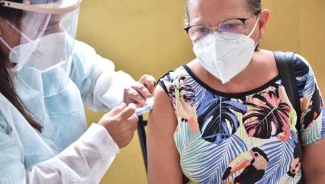 Comienza la vacunación para docentes
